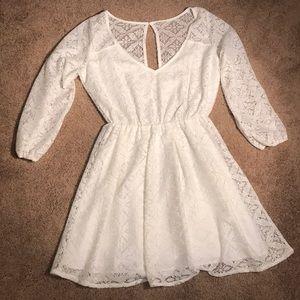 mid sleeve Hollister dress